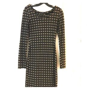 Stretch fitted long sleeve dress